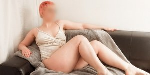 Lumi escort girl in Huntington