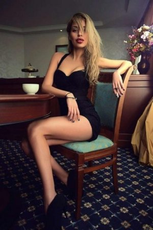 Maybeline escorts in Dixon