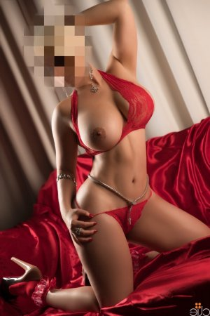 Mawena incall escort in Martinez